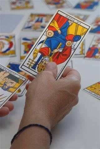 317a96d5c0c12d Le tarot de Marseille est le jeux de Tarot divinatoire le plus puissant et  le plus précis qu il existe. Si vous avez des doutes sur votre avenir ...